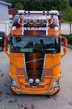 Train Truck, Road Train, Customised Trucks, Custom Trucks, Show Trucks, Big Rig Trucks, Scania V8, Old Wagons, Truck Paint
