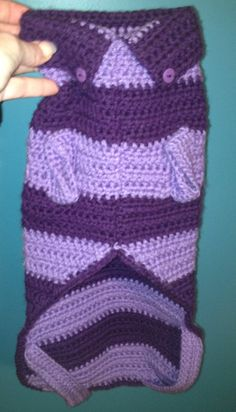 Crochet doggie sweater (view of the underside and collar)