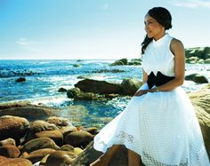 Precious Moloi-Motsepe in Thula Sindi via Vogue It >>> proudly SA! Black White Fashion, Black Men, Black And White, African Women, African Fashion, Black History, Vogue, Wealth, South Africa