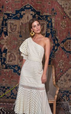 Get inspired and discover Johanna Ortiz trunkshow! Shop the latest Johanna Ortiz collection at Moda Operandi. Dress Skirt, Lace Dress, Dress Up, White Dress, Eyelet Dress, Boho Fashion, Fashion Dresses, Fashion Design, Style Fashion