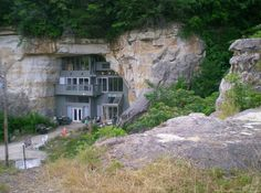 green design, eco design, sustainable design, Chulo Canyon House, Missouri Cave Land, Festus, Sala Silvermine, Cave Palace Ranch, Beckham Creek Cave Lodge, Iran's Cave Homes, Cave dwellings, modern Cave homes, cave house, livaeble cave, sustainable architecture, geothermic heat, solar gain