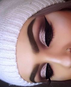 51 Amazing Eye Makeup Ideas Every Occasion