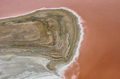 2,068 Aerial View Of The Australian Outback Stock Photos, Pictures & Royalty-Free Images - iStock South Australia, Australia Travel, Western Australia, Litchfield National Park, Australian Desert, Saltwater Crocodile, Australian Continent, Pink Lake, Scenery Paintings