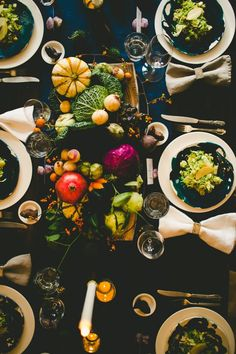 How I Set a Swanky Thanksgiving Table: And 5 Tips for Decorating on a Budget — Gatherings from The Kitchn