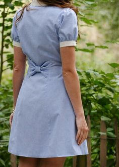 [Bleuet dress pattern, from Deer et Doe] - love. Cute Dresses, Casual Dresses, Short Sleeve Dresses, Dresses For Work, Sewing Clothes, Diy Clothes, Blouse Nylon, Diy Fashion, Fashion Outfits