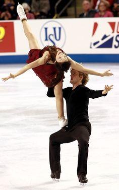 USA's Meryl Davis and Charlie White win third consecutive Skate America title