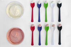 La forme et la couleur des couverts déterminent la saveur de notre nourriture!