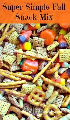 Super Simple Fall Snack Mix