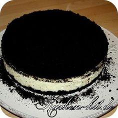 Rezept für einen ausgefallenen Oreo Kuchen, welcher im Wasserbad zubereitet wird und aus Oreo Keksen und Quark zubereitet wird. Ein toller Käsekuchen.