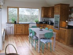 Kitchen and dining at Cuach Cottage Clifden.