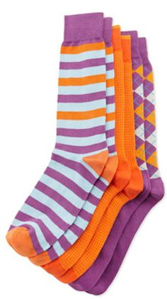 Fun patterned socks for the guys http://rstyle.me/n/epz6knyg6