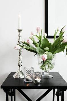 Cut tulips look great in simple containers like glass or crystal vases, pitchers, metal tins, vintage inspired containers.