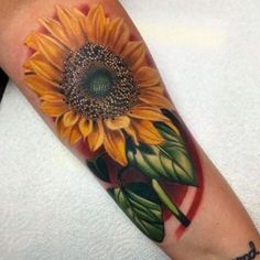 Beautiful sunflower tattoos design idea for women and men with meanings Sunflower Tattoo Meaning, Sunflower Tattoo Simple, Sunflower Tattoo Sleeve, Sunflower Tattoo Shoulder, Sunflower Tattoos, Sunflower Tattoo Design, Tattoos Skull, Cute Tattoos, Leg Tattoos