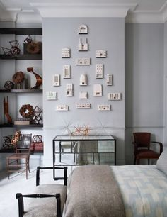 Anti minimalist interiors to inspire: A room designed by Hubert Zandber…