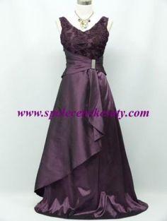 Dlouhé tmavě fialové společenské šaty na široká ramínka pro plnoštíhlé ve  vel. Xl XXL 42 44 46 48 č. 3123 079bd1ab91