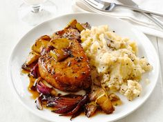 Pork Chops With Apples and Garlic Smashed Potatoes - made paleo by changing cooking fats - use cauliflower for potatoes if AIP