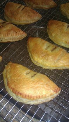 Scottish Forfar Bridies......lovely filled meat pies <3