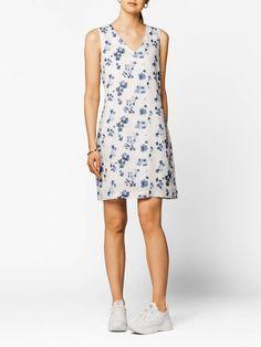 Erin Linkjole Bright White | MATCH nettbutikk Bright, Blazer, Summer Dresses, Casual, Fashion, Pink, Moda, Summer Sundresses, Fashion Styles