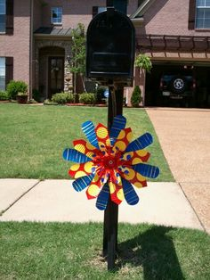 Tin can flower....omg! gotta find tin cans!!