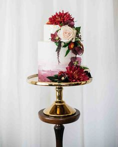 Floral Wedding Cakes 60 Fall Wedding Cakes We're Obsessed With Wedding Cake Fresh Flowers, Small Wedding Cakes, Summer Wedding Cakes, Fresh Flower Cake, Themed Wedding Cakes, Amazing Wedding Cakes, Wedding Cakes With Cupcakes, Wedding Cake Designs, Wedding Cake Toppers