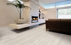rovere bianco wood effect tile.jpg - contemporary - living room - by Geologica Store Wood Effect Tiles, Wood Tile Floors, Wood Look Tile, Living Room Flooring, Kitchen Flooring, Porcelain Wood Tile, Porcelain Floor, Modern Flooring, Modern Floor Tiles