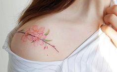 Diese zarten Flower-Tattoos wollen wir!