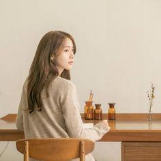 Yoona from Innisfree Sooyoung, Yoona Snsd, Yoona Innisfree, Girl's Generation, Im Yoon Ah, Instyle Magazine, Cosmopolitan Magazine, Korean Actresses, Korean Celebrities