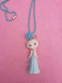 Necklace Elsa frozen in fimo polymer clay. por Artmary2 en Etsy, €12.00