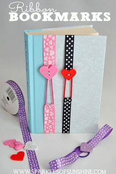 These non slip easy sew ribbon bookmarks are fun to make, and stretch to fit your book. These make perfect gifts!: