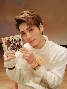 161009 #Jonghyun - SHINee Vyrl Update