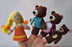 """Muñecos de dedos para la escenificación del cuento """"Ricitos de Oro"""" (3 osos y la niña). Crochet finger Goldilocks and the Three Bears."""