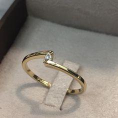 Anel de Noivado Valentine  Reisman Alianças    Wedding Ring 18K Gold.