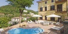 Hotel Raffaello Sassoferrato Marken Italien Mansions, House Styles, Outdoor Decor, Home Decor, Raffaello, Decoration Home, Manor Houses, Room Decor, Villas