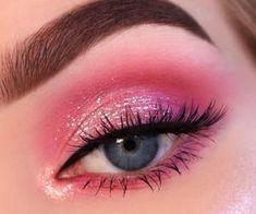 Makeup Eye Looks, Eye Makeup Art, Beautiful Eye Makeup, Pink Makeup, Blue Eye Makeup, Smokey Eye Makeup, Makeup Eyeshadow, Eyeshadow Palette, Eyeshadow Ideas