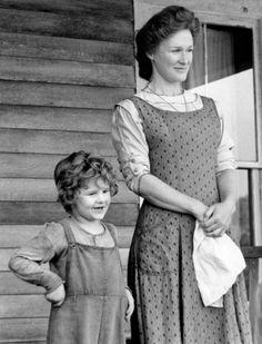 Christopher Bell & Glenn Close - Sarah Plain and Tall (1991)