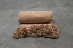 cotton pompom blanket beige