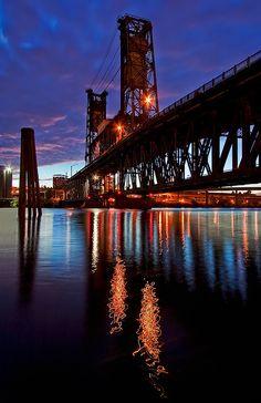 Steel Bridge sunrise