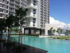 Brand New Condominium Butterworth - Wellesley Residences Condo, by PJD. Neighboring to Parkview Tower, Seaview Tower and Oceanview Residence ** Strategic Location ** . near Ferry, Penang Bridge, expressway to Kulim and Perai . near Penang Internation Dental College . short distance to Raja Uda, Chai Len Park where amenities ** Brand New ** . Beautiful Penang island view . high floor . 2 car park . affordable maintenance fee Furniture: Unfurnished    http://my.ipushproperty.