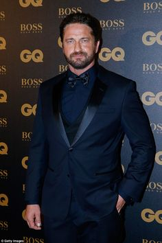 Gerard Butler and girlfriend Morgan Brown have split. The hunky Scot, is finding it hard balancing a relationship with all the female attention he receives, according to Page Six . Actor Gerard Butler, London Has Fallen, Clint Walker, Yul Brynner, Gb Bilder, Hollywood Men, Best Dressed Man, Phil Collins, London