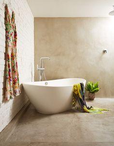 Amazing tub & serene atmosphere - Design Sponge