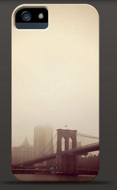 iphone 5 case from the enframephoto @Instacanv.as gallery #brooklynbridge #NY http://instacanv.as/enframephoto/piece/320560425554818101_2968980/phone_case