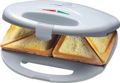 Bomann ST 5016 CB Tosti apparaat Features: * With non-stick coating * Overheating protection * Safety shut. Sandwich Toaster, Health Snacks, Health Eating, Sandwiches, Diet Humor, Snack Video, Health Challenge, Health Breakfast, Protein Foods