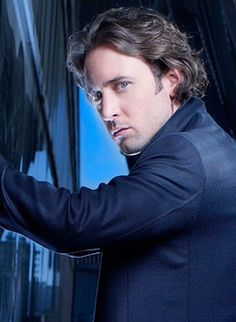 Day 24 of my 31 days of the best Vampires. Today is Mick St. John in Moonlight played by Alex O'Loughlin in 2007.
