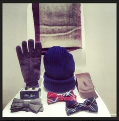 Gloves, scarf, bow-tie Gloves, Bows, Tie, Fashion, Moda, Arches, Fashion Styles, Bow, Ties