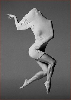 Ashley Roland photographed by Lois Greenfield. S)
