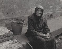 Martin Martinček - Starena 1960–1970 World History, Old Women, Old Photos, Folk Art, Literature, Nostalgia, 1970s, Black And White, Pictures