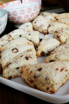 Make a holiday breakfast -- or afternoon tea -- really special with these sweet bakery treats. Other Recipes, Great Recipes, Favorite Recipes, Breakfast Dishes, Breakfast Recipes, Best Scone Recipe, Basic Scones, Sweet Bakery