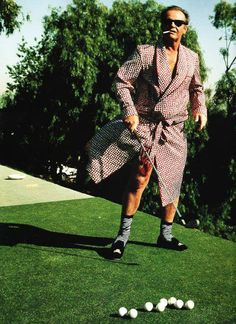 "Jack Nicholson photo by Annie Leibovitz for Vanity Fair 1992 ""One Flew Over the Cuckoos Nest"" Annie Leibovitz Fotos, Anne Leibovitz, Annie Leibovitz Photography, Jack Nicholson, M Jack, Golf Fashion, Famous Faces, Dandy, Vanity Fair"