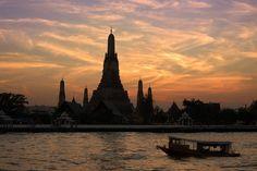 Wat Arun at Sunset, Bangkok_ Central Thailand