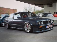 "168 Gostos, 2 Comentários - Maxim Bollé (@maximbolle) no Instagram: ""This week back on the road #e30 #e30porn #e30gram #e30life #e30nerds #neckbreaker #baggedbmw…"""